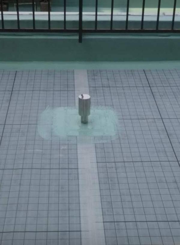 防水脱気筒