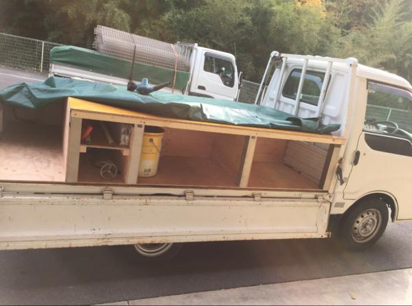 トラックの荷台完成