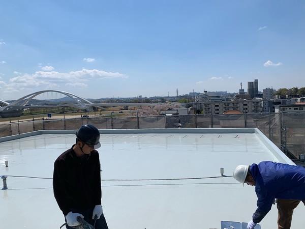 屋上防水ウレタン2層目